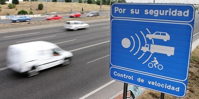 La Dirección General de Tráfico apuesta por radares móviles antes que fijos